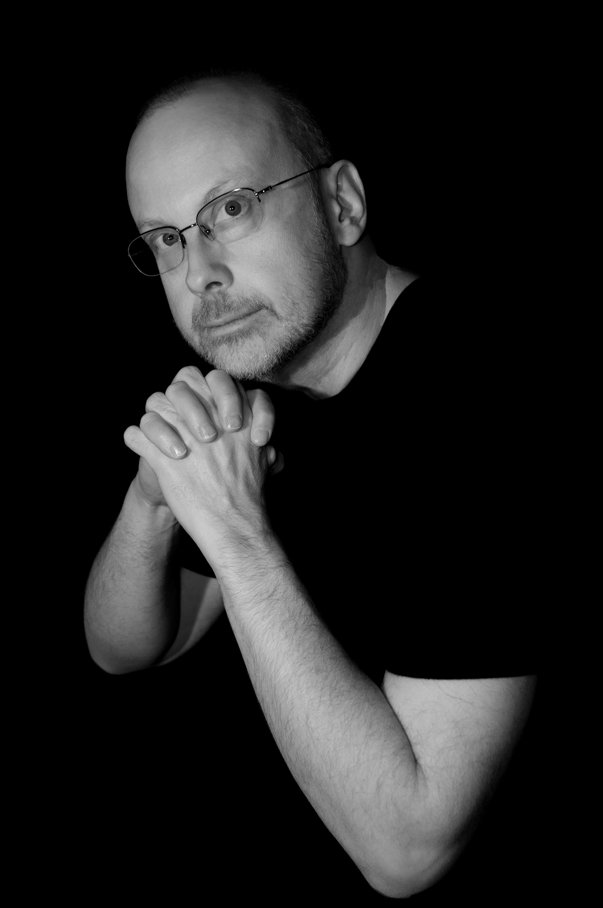 Author photo courtesy of Robert J. Sawyer